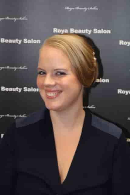Makeup-8-Roya-Beauty-Salon