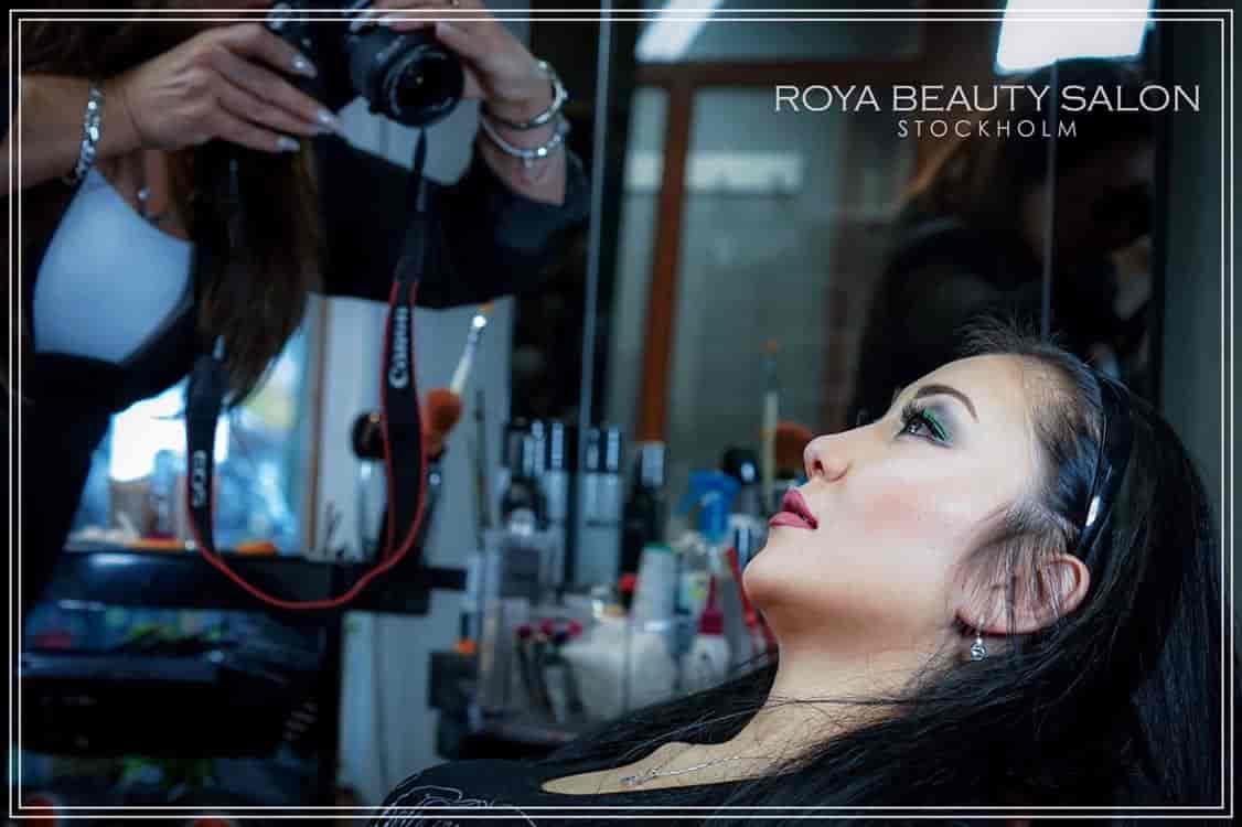 Roya-10-Roya-Beauty-Salon