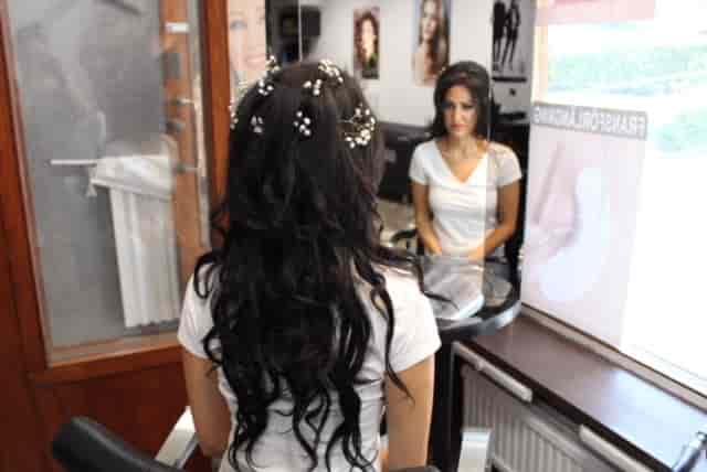 Uppsättning-17-Roya-Beauty-Salon