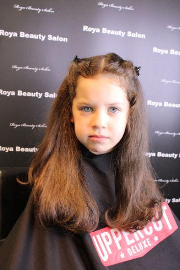 Barnklippning-11-Roya-Beauty-Salon