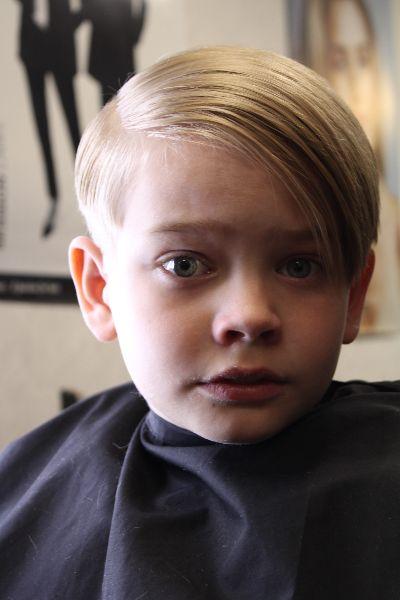 Barnklippning-12-Roya-Beauty-Salon